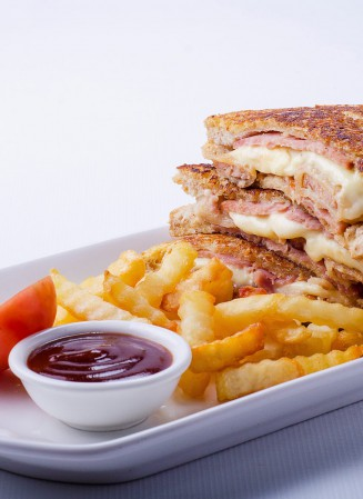 king sue monte Cristo sandwich