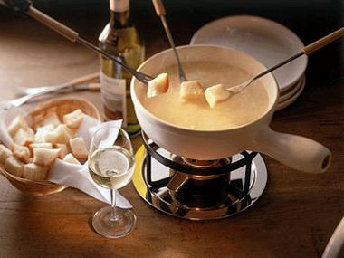 The Original Cheese Fondue 2