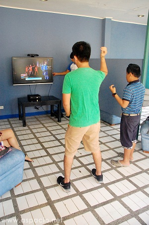 interactive game room xbox kinect