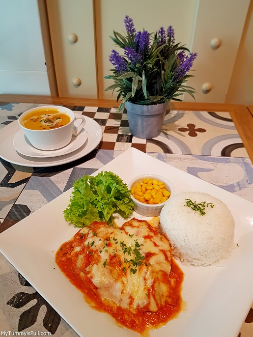 Casa Italia Pumpkin Soup and Baked Chicken with Pomodoro Sauce